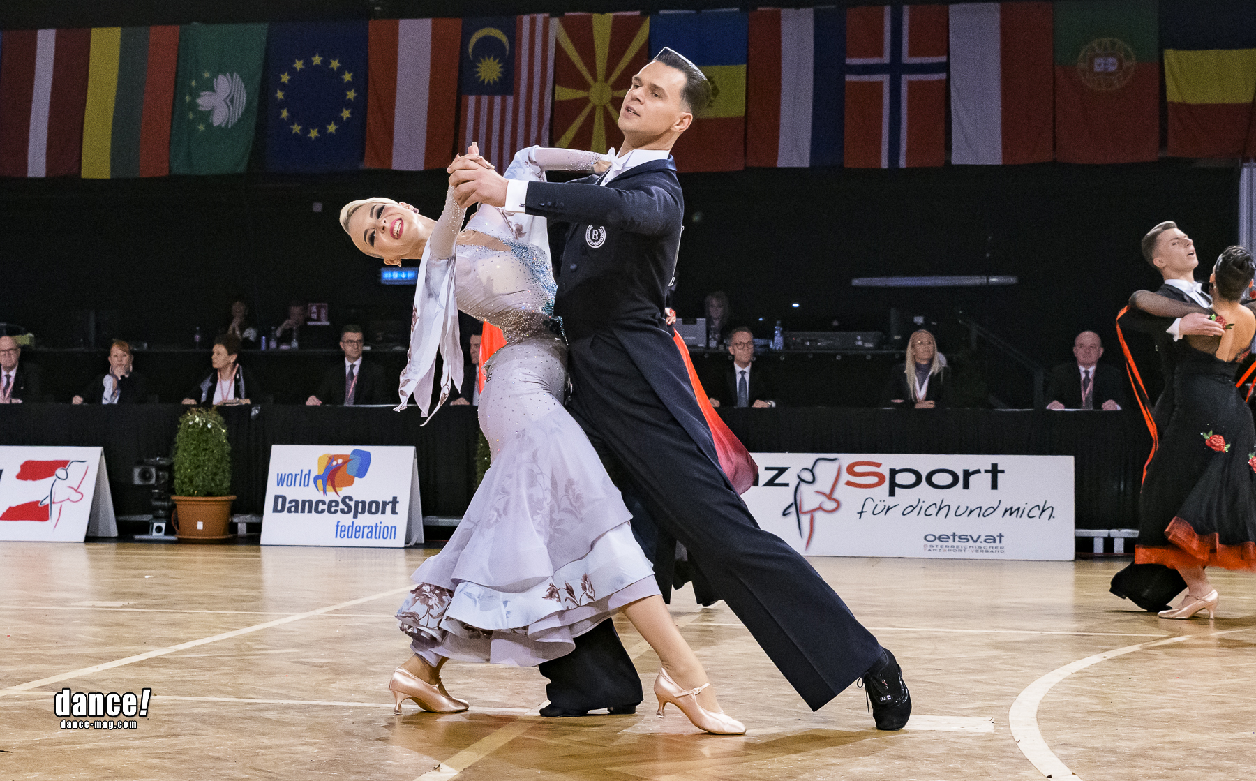51.- 52. Volodymyr Kasilov & Yulia Dreier , SUI